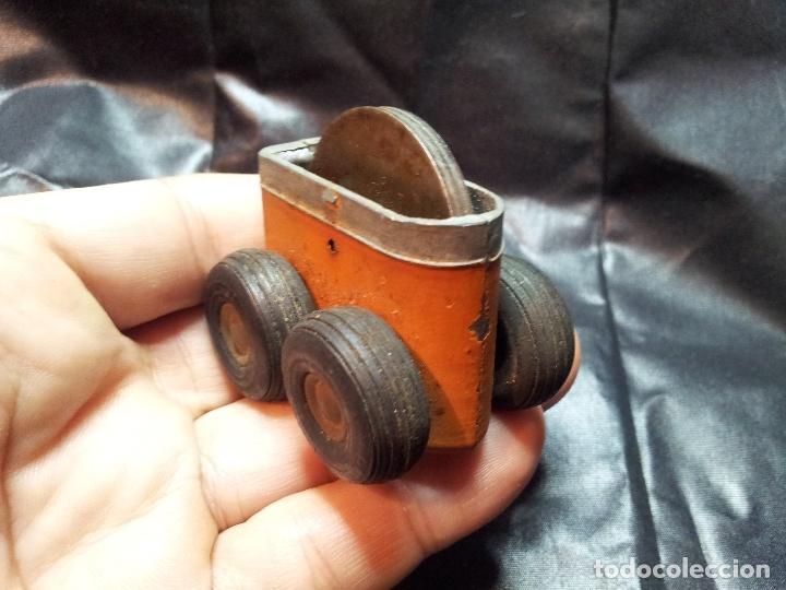 Juguetes antiguos de hojalata: ANTIGUO MECANISMO FRICCION AÑOS 40-50 JUGUETE - Foto 2 - 71201845