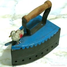 Juguetes antiguos de hojalata: PLANCHA CARBON JUGUETE CHAPA HOJALATA ANTIGUO VINTAGE. Lote 75243243