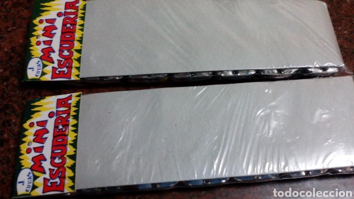Juguetes antiguos de hojalata: 2 BLISTER COCHES DE HOJALATA-MINI ESCUDERIA-J.CUBAS - 8X4X1,5 cm (mas 5 euros envio)AÑOS 70/80 - Foto 6 - 104259288