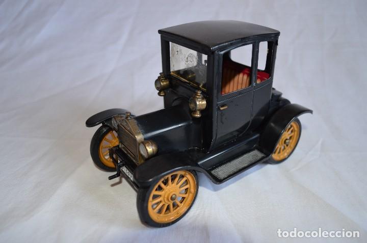 Juguetes antiguos de hojalata: Antiguo coche metálico Ford coupé Consul Oldtimer. Schuco. Alemania. romanjuguetesymas. - Foto 2 - 80318053