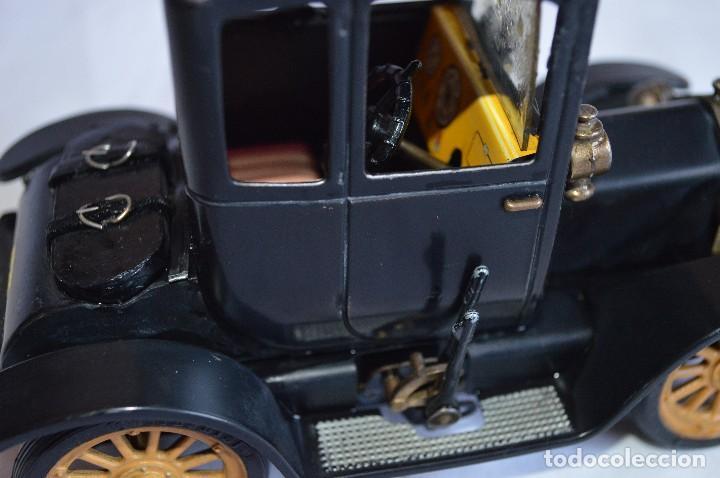 Juguetes antiguos de hojalata: Antiguo coche metálico Ford coupé Consul Oldtimer. Schuco. Alemania. romanjuguetesymas. - Foto 7 - 80318053