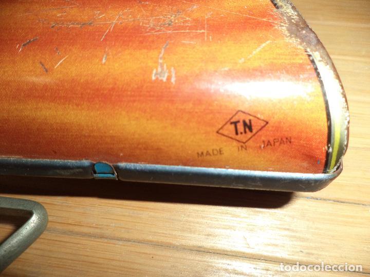 Juguetes antiguos de hojalata: Junior Rifle.Carabina de hojalata made in Japan años 60.T N.Nomura.M.B.E. - Foto 8 - 81727796