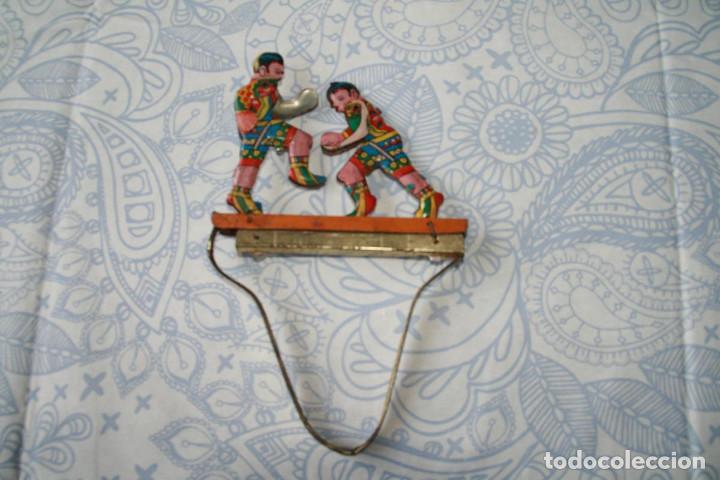 JUEGO DE BOXEADORES DE HOJALATA - FUNCIONA (Juguetes - Juguetes Antiguos de Hojalata Extranjeros)