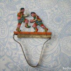Juguetes antiguos de hojalata: JUEGO DE BOXEADORES DE HOJALATA - FUNCIONA. Lote 85227856