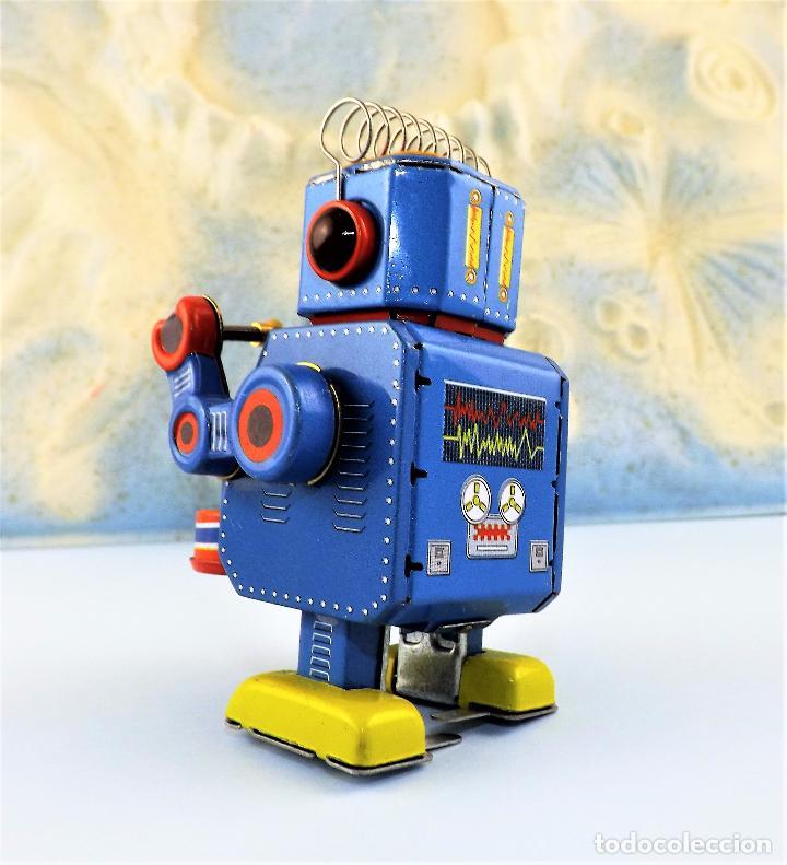 Juguetes antiguos de hojalata: Robot a cuerda Tambor - Foto 3 - 86095120