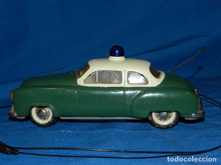 Juguetes antiguos de hojalata: COCHE MARCA SCHUCO ELECTRO ALARM-CAR 5354 , MADE IN WESTERN GERMANY ,21 X 9 CM - Foto 4 - 86290320