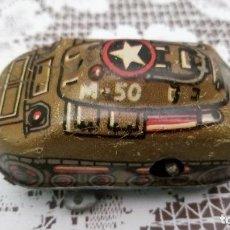 Juguetes antiguos de hojalata: ANTIGUO TANQUE DE HOJALATA DE CUERDA, USA - M-50, MEDIDAS 6 X 3 X 3 CM, FUNCIONA. Lote 90209836