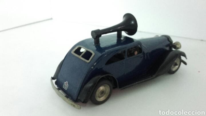 Juguetes antiguos de hojalata: ANTIGUO coche megafono tri-ang MINIC TOYS DE HOJALATA - Foto 3 - 222698525