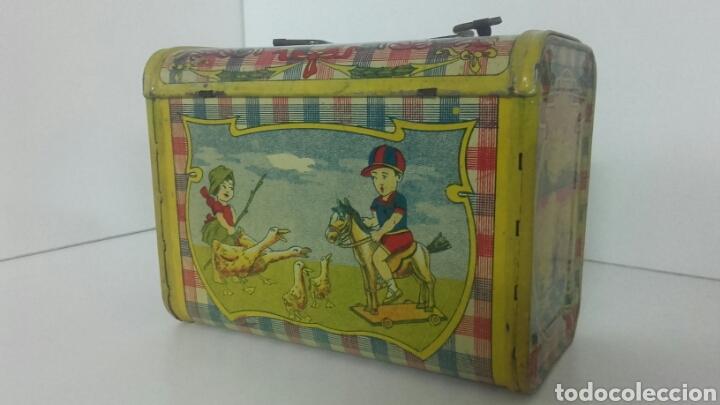 Juguetes antiguos de hojalata: Antiguo CABAS DE HOJALATA LITOGRAFIADA DE RICO - Foto 3 - 90523322
