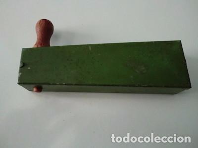 Juguetes antiguos de hojalata: Matraca de hojalata. - Foto 2 - 91814080