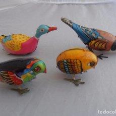 Juguetes antiguos de hojalata: LOTE 3 PAJAROS Y 1 PATO HOJALATA A CUERDA, CHINA AÑOS 70, FUNCIONANDO. Lote 96875311
