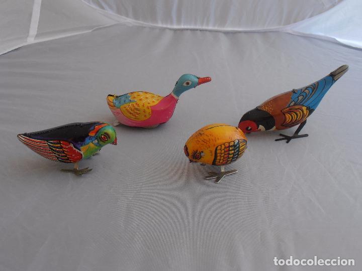 Juguetes antiguos de hojalata: LOTE 3 PAJAROS Y 1 PATO HOJALATA A CUERDA, CHINA AÑOS 70, FUNCIONANDO - Foto 6 - 96875311