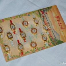 Juguetes antiguos de hojalata: BLISTER A ESTRENAR AÑOS 60 - 12 RELOJES DE HOJALATA - WATCH - MADE IN JAPAN - MIRA LAS FOTOS. Lote 99059079