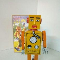 Juguetes antiguos de hojalata: ROBOT LILLIPUT 10TH FESTA DEL JOGUET FIGUERES. Lote 99383692