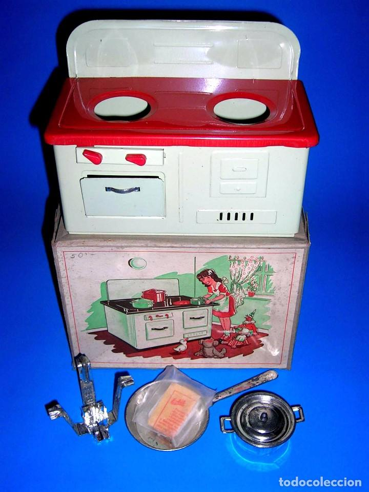 Juguetes antiguos de hojalata: Antigua cocina fabricada en lata, Keim made in Germany tipo Paya Rico, original años 40-50. Con caja - Foto 3 - 99802767