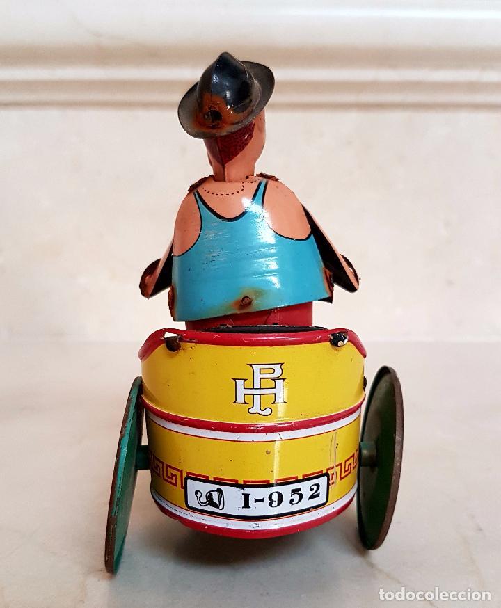 Juguetes antiguos de hojalata: MUY BONITO JUGUETE DE LATA A CUERDA,PAYASO EN TRICICLO,AÑOS 40-50 - Foto 6 - 103966707