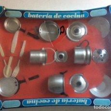 Juguetes antiguos de hojalata: BATERÍA DE COCINA PURAMA AÑOS 70. Lote 104669627