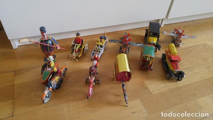 Juguetes antiguos de hojalata: Lote 25 juguetes lata - Foto 5 - 104742299