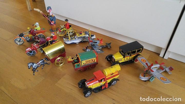 Juguetes antiguos de hojalata: Lote 25 juguetes lata - Foto 6 - 104742299