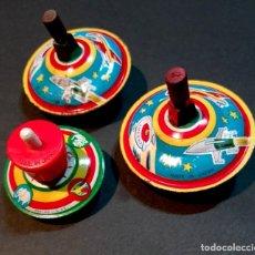 Juguetes antiguos de hojalata: 3 PEONZAS DE HOJALATA LITOGRAFIADA, JAPON, 60'S Y 70'S ?. . Lote 107184955