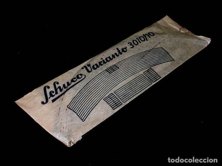 Juguetes antiguos de hojalata: Schuco Varianto 3010 / 10, made in Germany, con su sobre original, años 50. - Foto 2 - 107696003