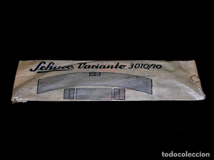 Juguetes antiguos de hojalata: Schuco Varianto 3010 / 10, made in Germany, con su sobre original, años 50. - Foto 3 - 107696003