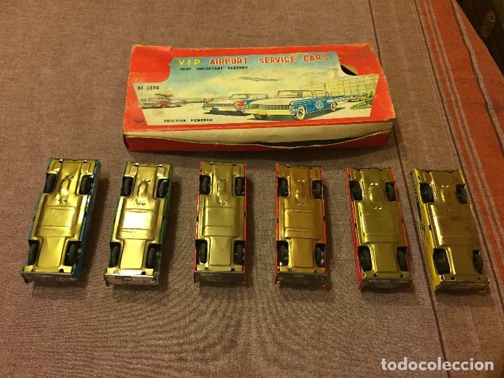 Juguetes antiguos de hojalata: CONJUNTO 6 COCHES HOJALATA AÑOS 50-60 - Foto 4 - 111531527