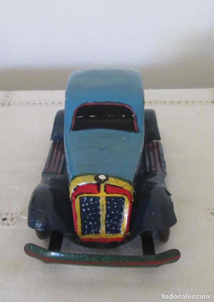 Juguetes antiguos de hojalata: Antiguo coche en lata, de arrastre - Foto 3 - 112090823