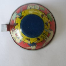 Juguetes antiguos de hojalata: TAZA DE CAFÉ HOJALATA LITOGRAFÍADA PAYÁ 1936. Lote 38826382