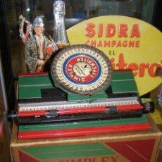 Juguetes antiguos de hojalata: MÁQUINA DE ESCRIBIR HOJALATA SIMPLEX TYPEWRITER. AUTÉNTICA DE 1930 CON CAJA ORIGINAL.. Lote 114596855