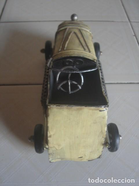 Juguetes antiguos de hojalata: Antiguo coche de carreras de hojalata. 18 cm. - Foto 4 - 115021403