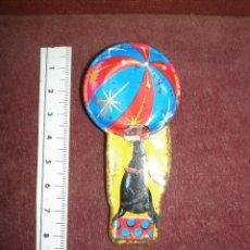 Juguetes antiguos de hojalata: SILBATO CHAPA FOCA CIRCO MADE IN JAPAN. Lote 135357923