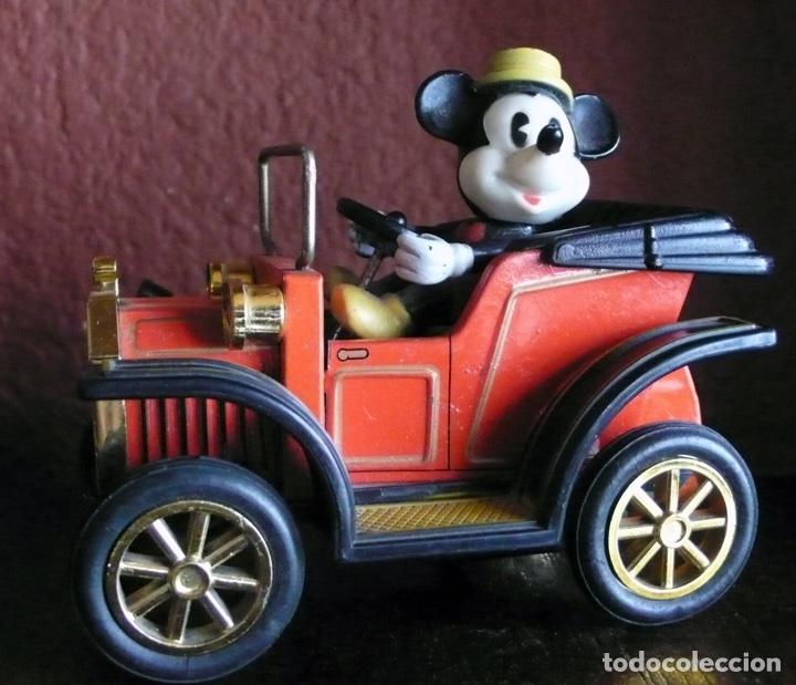 COCHE DE MICKEY MOUSE DE HOJALATA LITOGRAFIADA Y PLASTICO FABRICADO EN JAPON (Juguetes - Juguetes Antiguos de Hojalata Extranjeros)