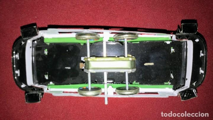 Tranvia de hojalata falta llave. FUNCIONA (probado con llave de otro juguete) - 116394631