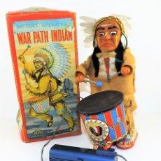 Juguetes antiguos de hojalata: ROBOT CABLEDIRIGIDO DE ALPS INDIO WAR PATH. Lote 116913731