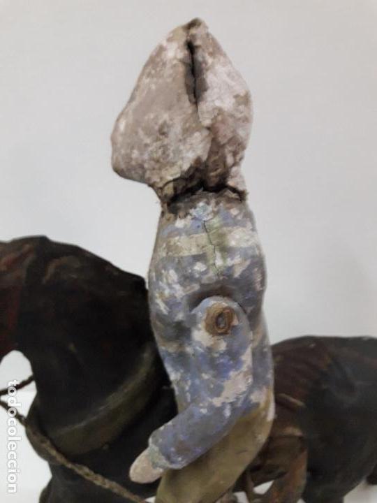 Juguetes antiguos de hojalata: MUY ANTIGUO SOLDADO A CABALLO . REALIZADO EN CARTON PIEDRA Y HOJALATA - Foto 14 - 117044691