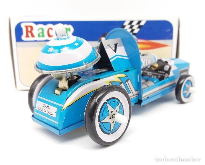 Juguetes antiguos de hojalata: Robot con bólido MS 269 de METAL KING - Foto 2 - 117324747