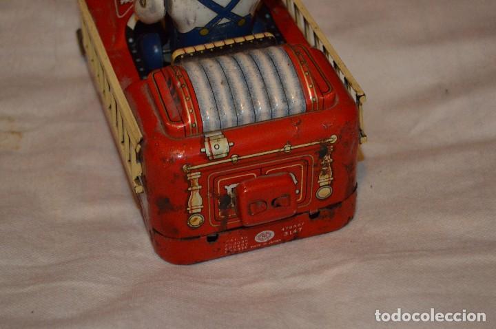 Juguetes antiguos de hojalata: ANTIGUO - FIRE CHIEF CAR - MODERN TOYS JAPAN - MT JAPAN - MASUDAYA TIN VINTAGE - BATTERY OPERATED - Foto 5 - 118301223