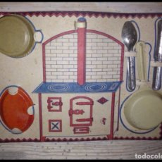 Juguetes antiguos de hojalata: ESTUCHE DE CACHARRITOS DE 1930-40. Lote 57539478