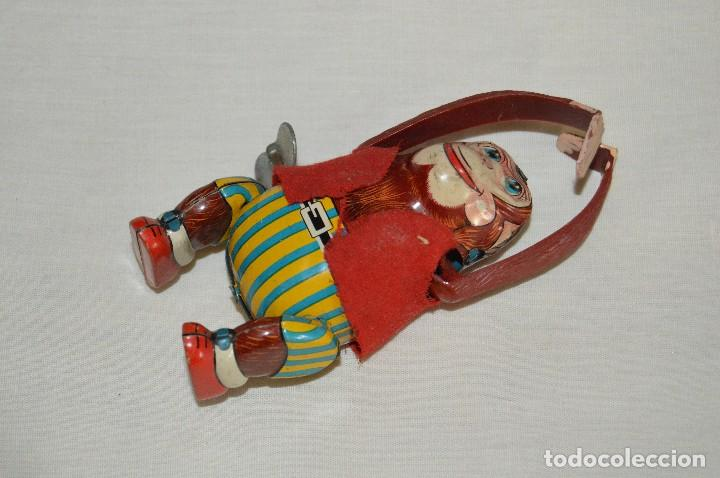 VINTAGE - MONO DE HOJALATA - MADE IN JAPAN - FUNCIONA - T.P.S. - A CUERDA - TIN TOY - WIND UP TOY (Juguetes - Juguetes Antiguos de Hojalata Extranjeros)