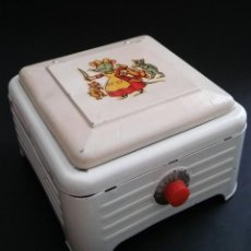 Juguetes antiguos de hojalata: ANTIGUA COCINITA COCINA FOGÓN DE HOJALATA CHAPA METÁLICA, JUGUETE MUÑECA. Lote 121970823