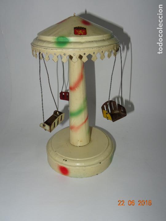 Juguetes antiguos de hojalata: Antiguo Carrusel Tiovivo a Resorte de JML Fabricado en Francia - Año 1930-40s. - Foto 3 - 126109771