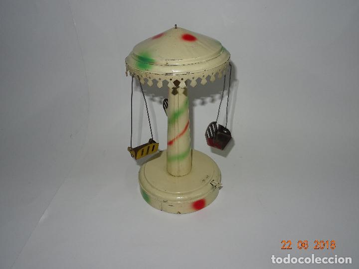 Juguetes antiguos de hojalata: Antiguo Carrusel Tiovivo a Resorte de JML Fabricado en Francia - Año 1930-40s. - Foto 5 - 126109771