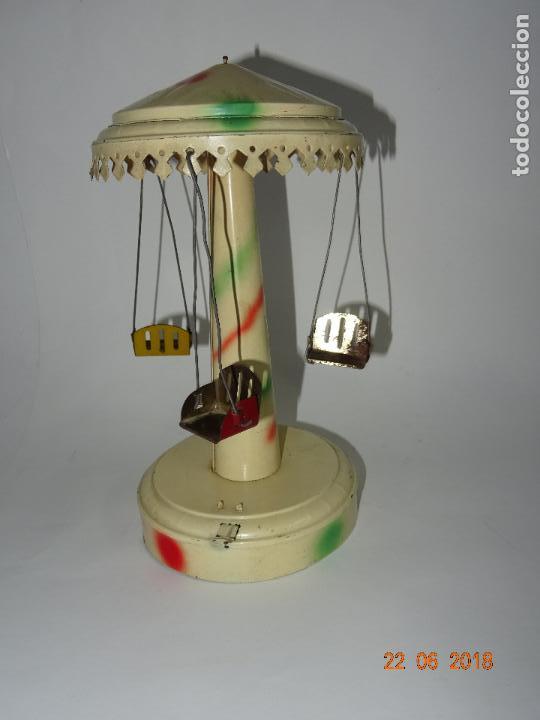 Juguetes antiguos de hojalata: Antiguo Carrusel Tiovivo a Resorte de JML Fabricado en Francia - Año 1930-40s. - Foto 6 - 126109771
