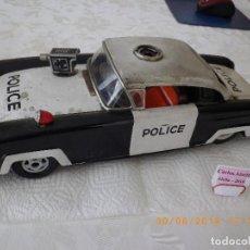 Juguetes antiguos de hojalata: COCHE DE POLICIA DE CHAPA ORIGINAL ANTIGUO DE LA MARCA JOUSTRA DE FRANCIA - POLICE POL-63 - 33 CM.. Lote 126734087