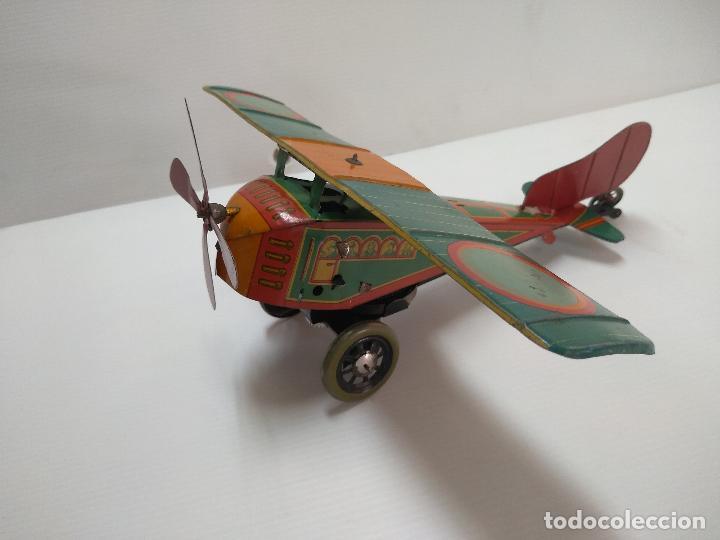 Juguetes antiguos de hojalata: Avión aeroplano Looping Payá ? años 20-30 - Foto 2 - 127208563