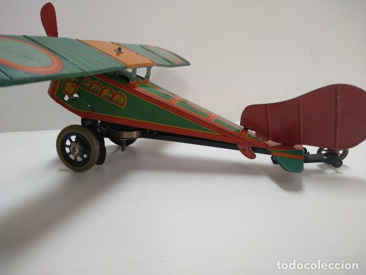 Juguetes antiguos de hojalata: Avión aeroplano Looping Payá ? años 20-30 - Foto 3 - 127208563