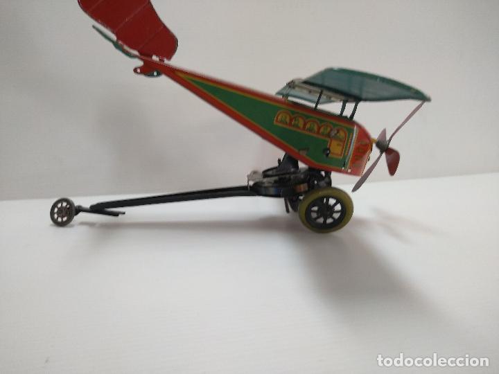 Juguetes antiguos de hojalata: Avión aeroplano Looping Payá ? años 20-30 - Foto 6 - 127208563