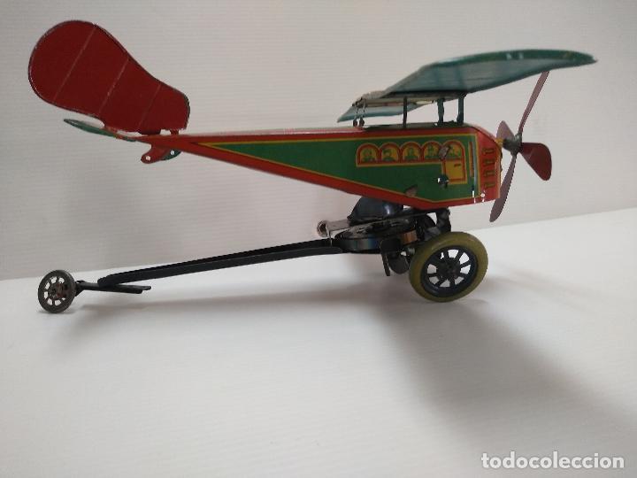 Juguetes antiguos de hojalata: Avión aeroplano Looping Payá ? años 20-30 - Foto 11 - 127208563