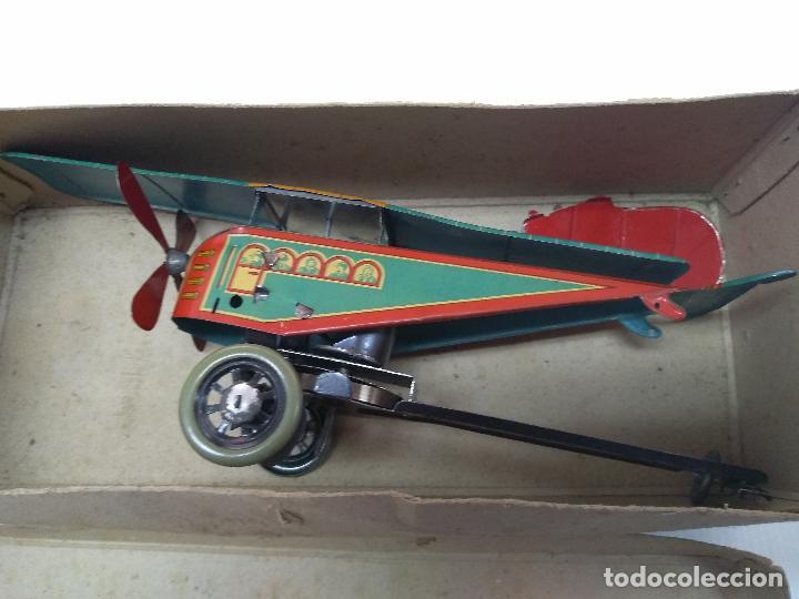 Juguetes antiguos de hojalata: Avión aeroplano Looping Payá ? años 20-30 - Foto 15 - 127208563